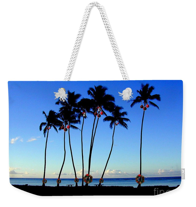 Christmas Weekender Tote Bag featuring the photograph Warm Wishes by Mark Gilman