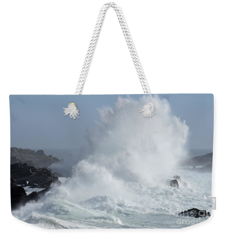 California Weekender Tote Bag featuring the photograph Wave At Salt Point by Bob Christopher