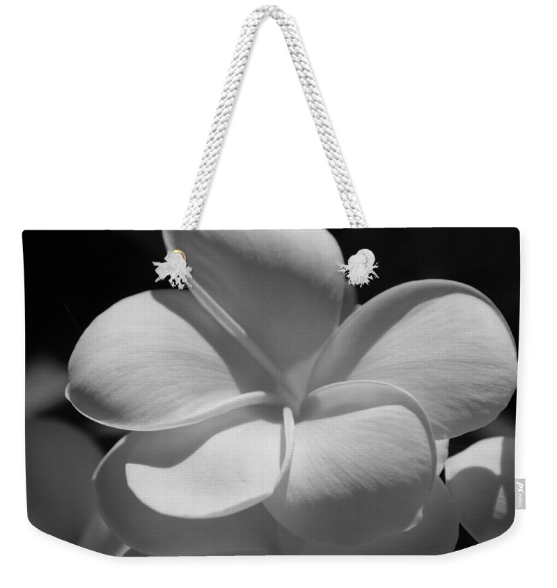 Flowers Weekender Tote Bag featuring the photograph White Bloom B W by Rob Hans