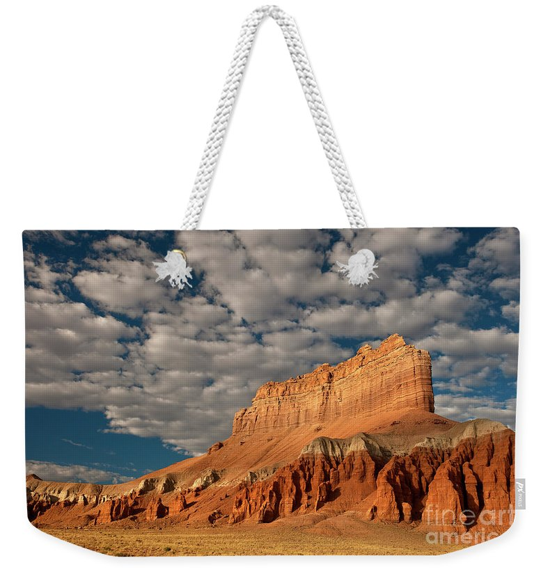 North America Weekender Tote Bag featuring the photograph Wild Horse Butte Goblin Valley Utah by Dave Welling