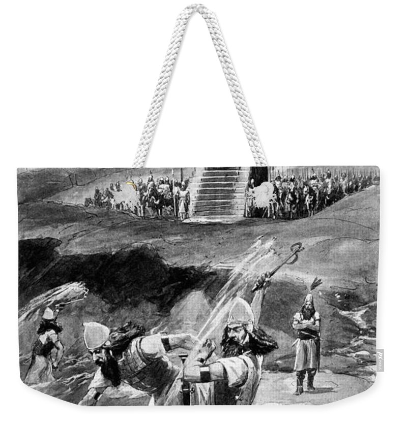 480 B.c Weekender Tote Bag featuring the drawing Xerxes At Hellespont by Granger