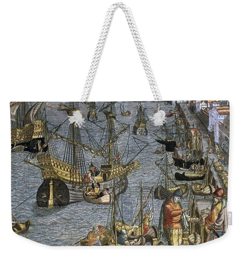 1592 Weekender Tote Bag featuring the photograph New World: Voyage, 1592 by Granger