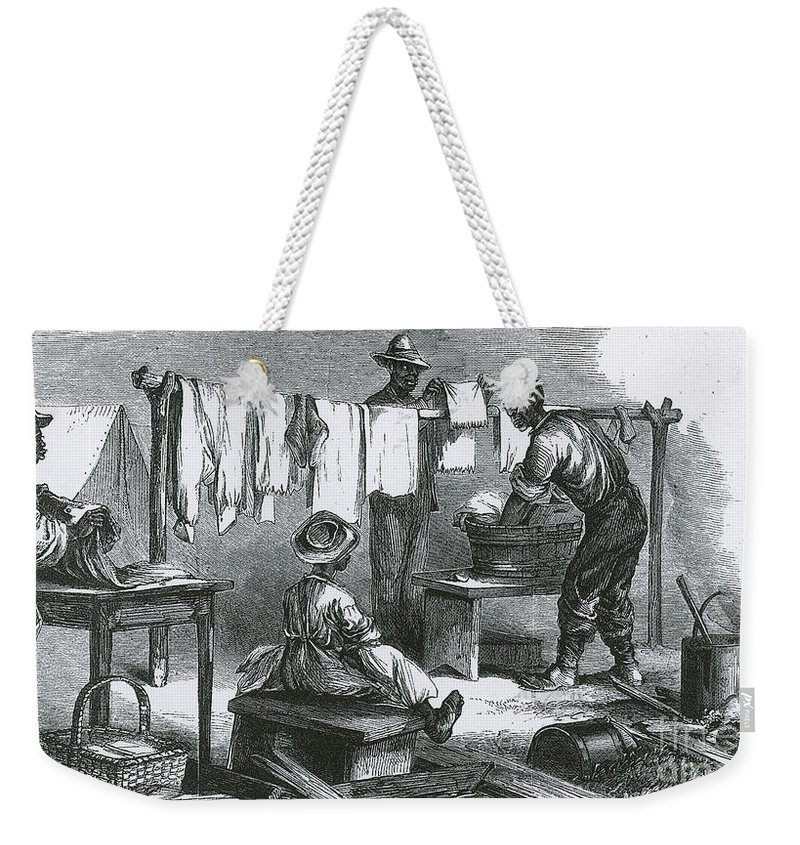 America Weekender Tote Bag featuring the photograph Slaves In Union Camp by Photo Researchers