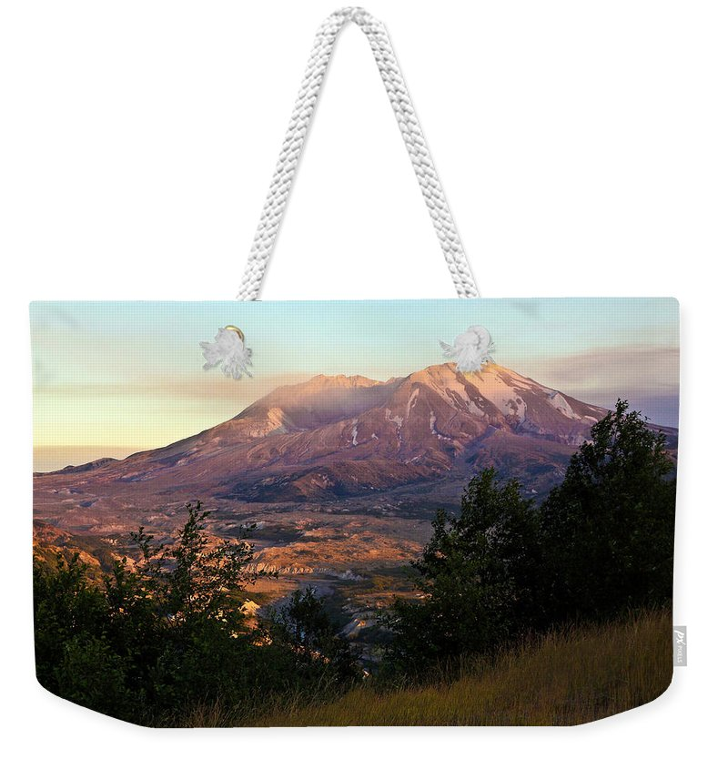 Mount St. Helens Weekender Tote Bag featuring the photograph Sun Going Down At Mt. St. Helens by Athena Mckinzie