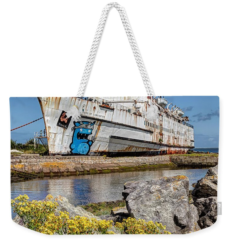 Abandoned Weekender Tote Bag featuring the photograph The Duke by Adrian Evans