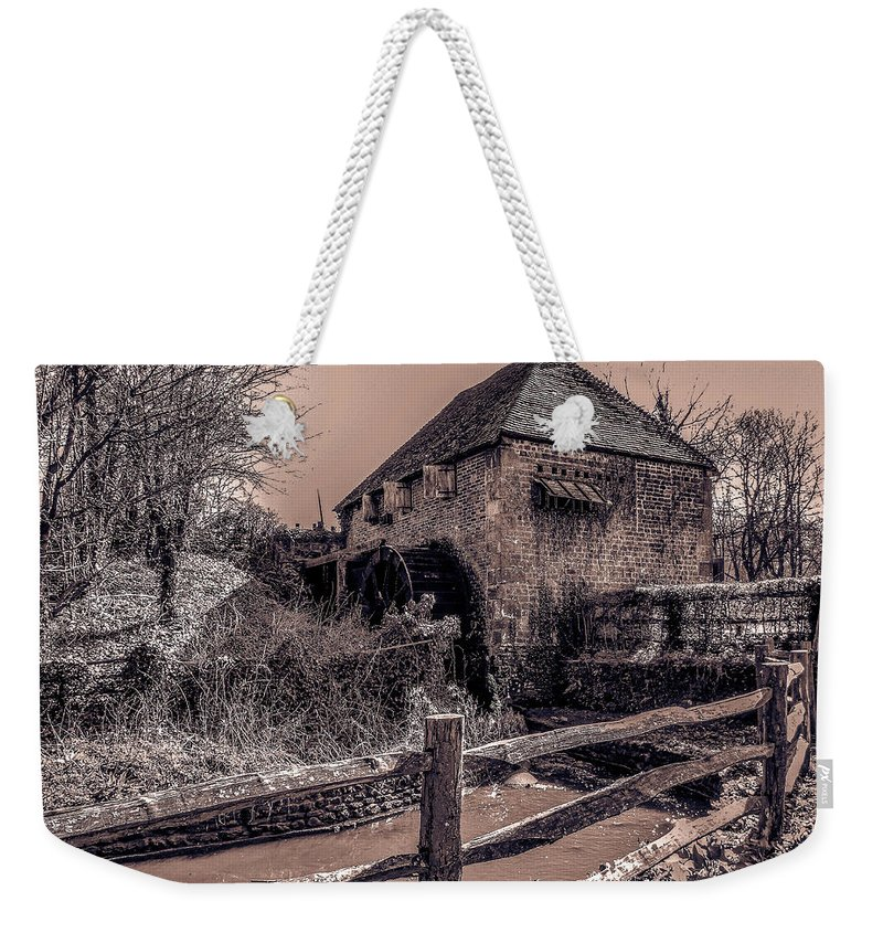 Mill Weekender Tote Bag featuring the photograph Lurgashall Mill by Dawn OConnor