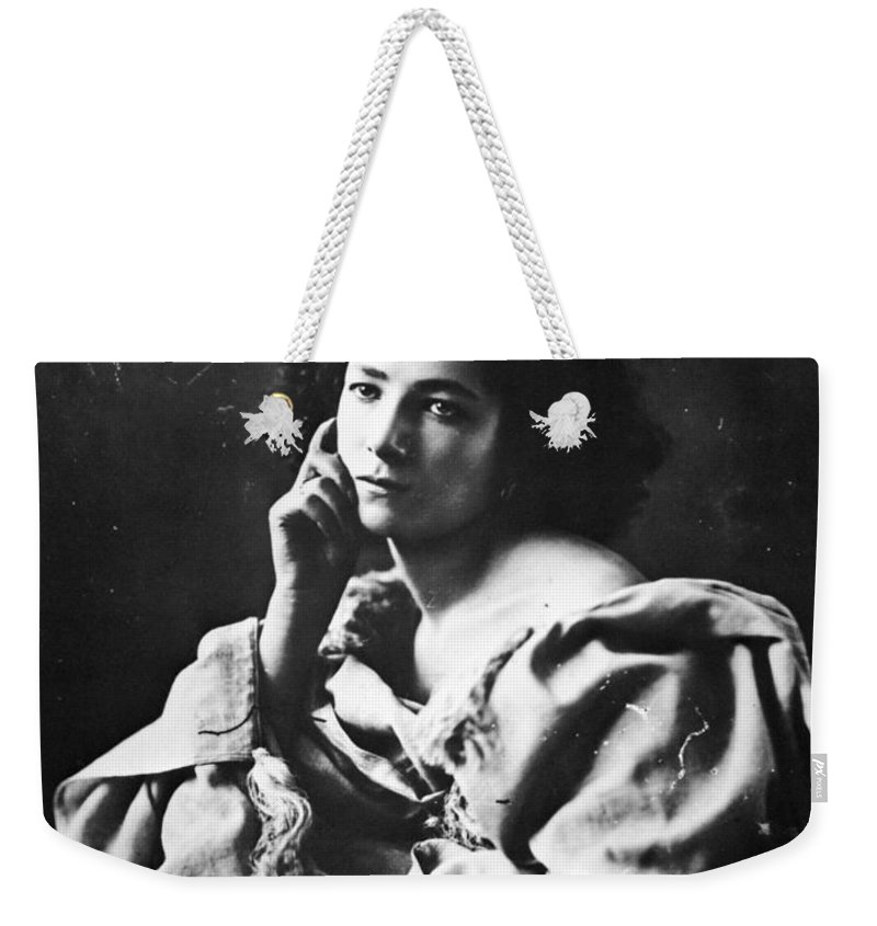 1865 Weekender Tote Bag featuring the photograph Sarah Bernhardt by Granger