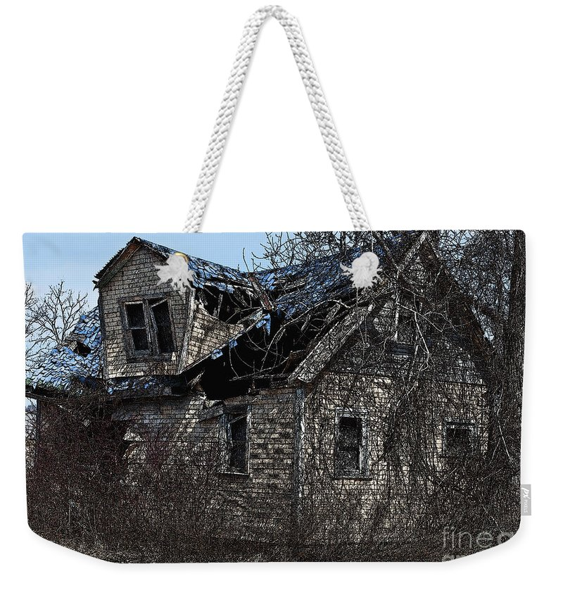 Old House Weekender Tote Bag featuring the photograph Abandoned by Barbara McMahon