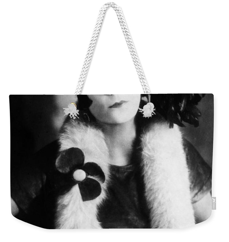 1925 Weekender Tote Bag featuring the photograph Asta Nielsen (1881-1972) by Granger