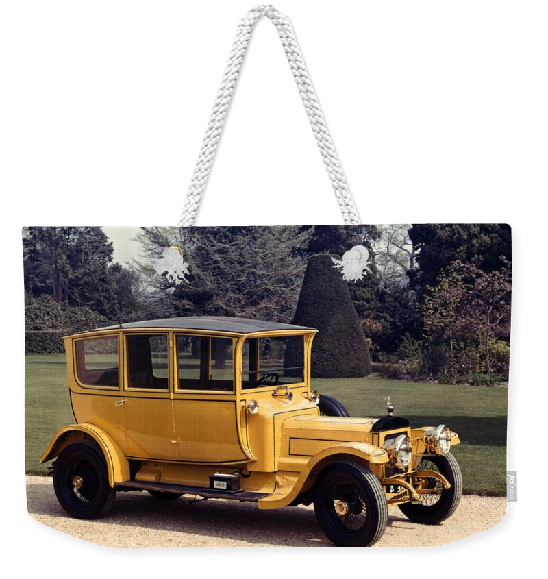 1913 Weekender Tote Bag featuring the photograph Auto: Daimler, 1913 by Granger