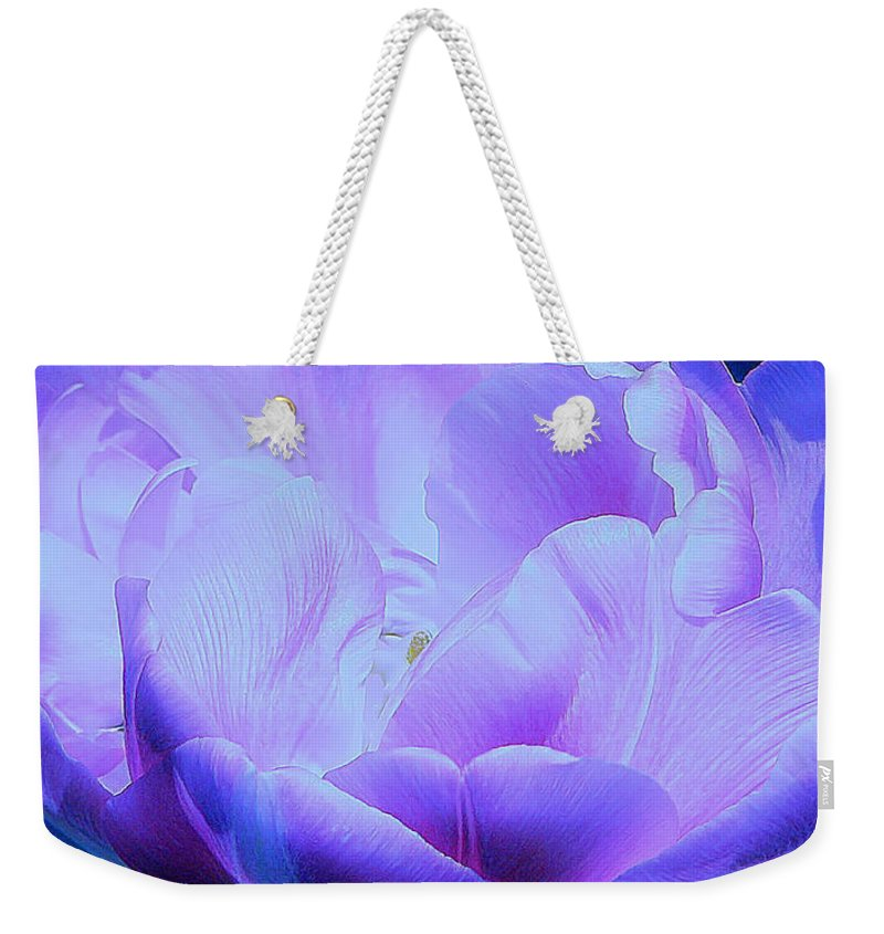 Tulip Weekender Tote Bag featuring the photograph Avatar's Tulip by Rory Sagner