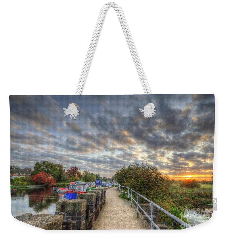Art Weekender Tote Bag featuring the photograph Barrow Sunrise by Yhun Suarez