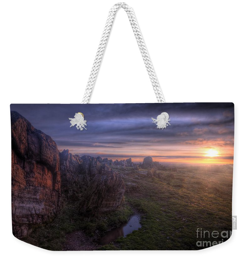 Art Weekender Tote Bag featuring the photograph Beacon Hill Sunrise 6.0 by Yhun Suarez
