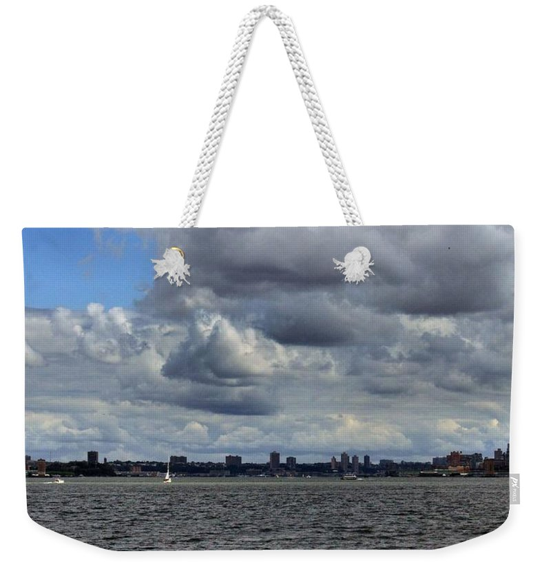 Brooklyn Weekender Tote Bag featuring the photograph Brooklyn Skyline by Robert McCulloch