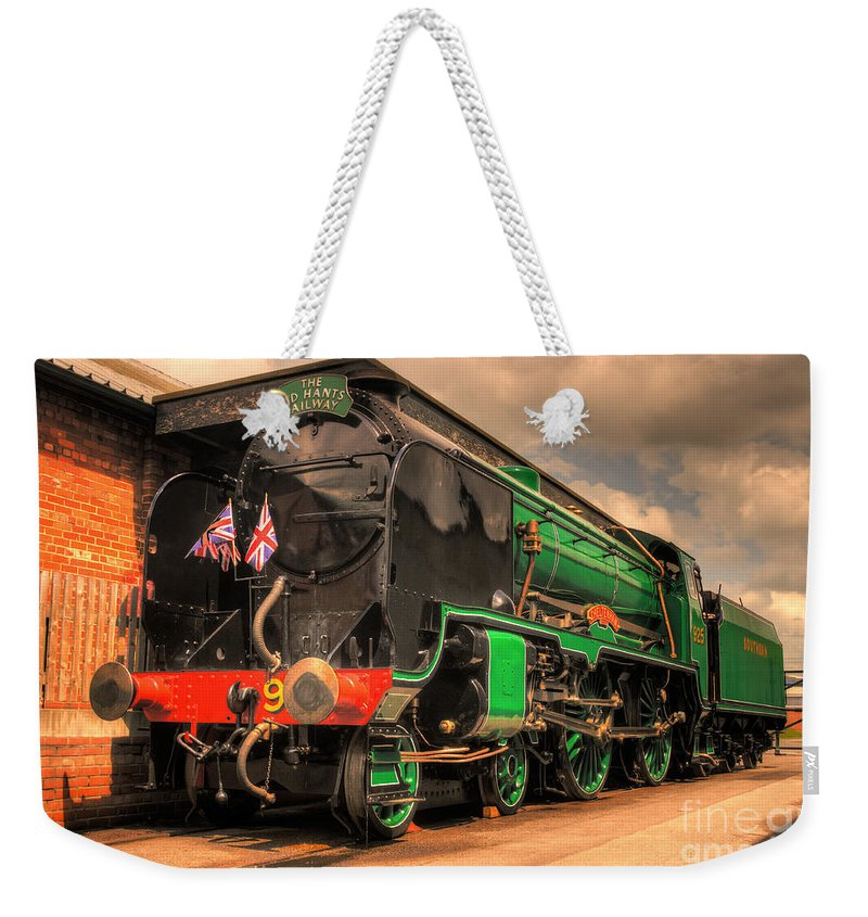 Cheltenham Weekender Tote Bag featuring the photograph Cheltenham At York by Rob Hawkins
