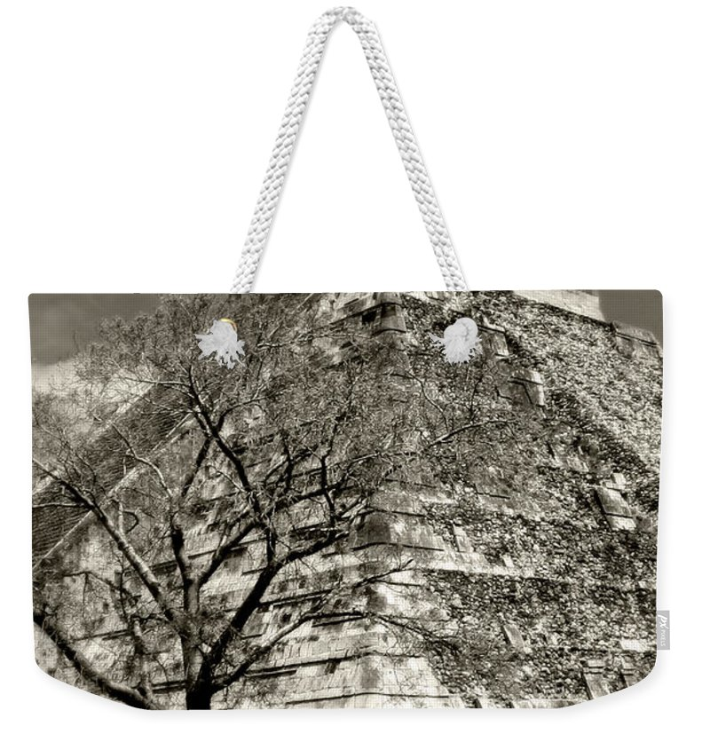 Chichen Itza Weekender Tote Bag featuring the photograph Chichen Itza Blk And White by Chris Brannen