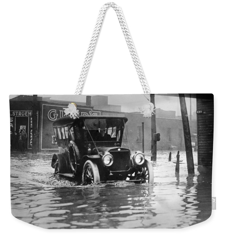 1913 Weekender Tote Bag featuring the photograph Cleveland: Flood, C1913 by Granger
