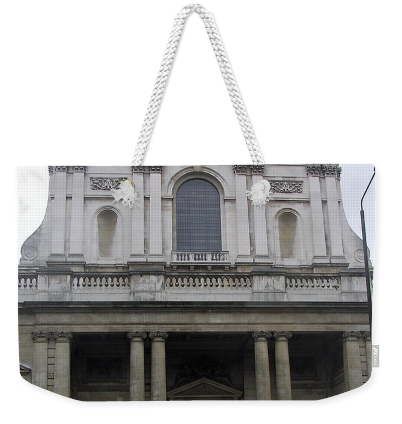 Building Weekender Tote Bag featuring the photograph Close Up Of A Classical Architecture Of A Building In London by Ashish Agarwal