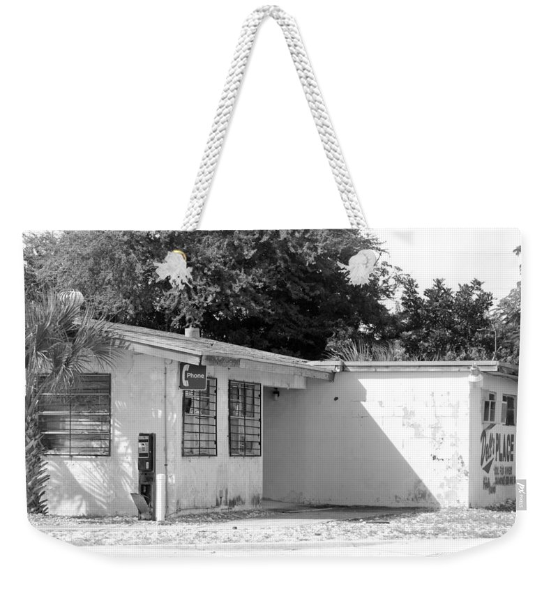 Black And White Weekender Tote Bag featuring the photograph Dell's Place by Rob Hans
