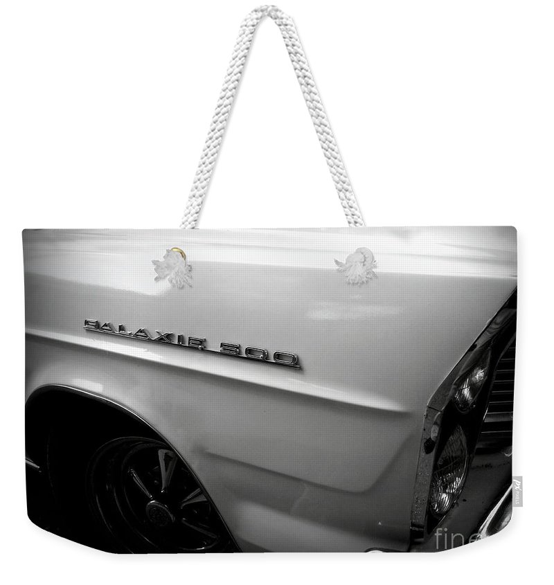 Classic Car Weekender Tote Bag featuring the photograph Galaxie 500 by Paul Wilford