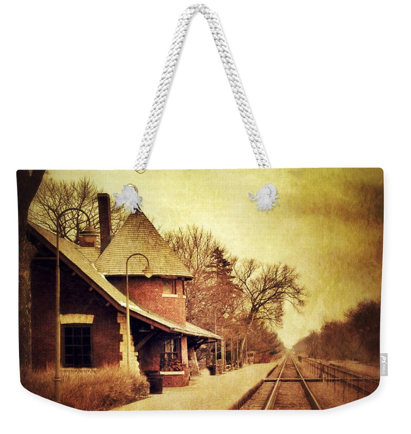Station Weekender Tote Bag featuring the photograph Glencoe Train Station by Jill Battaglia