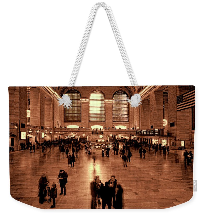 Grand Central Weekender Tote Bag featuring the photograph Grand Central Terminal by Chris Lord