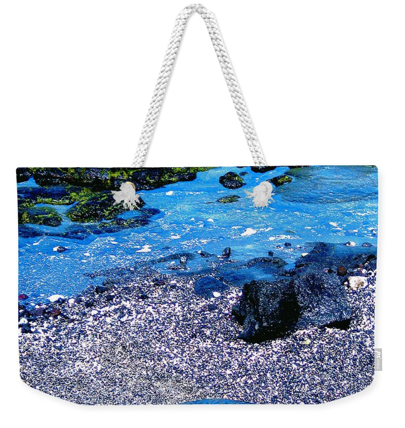 Green Sea Turtle Weekender Tote Bag featuring the photograph Green Sea Turtle Honu by Jerome Stumphauzer