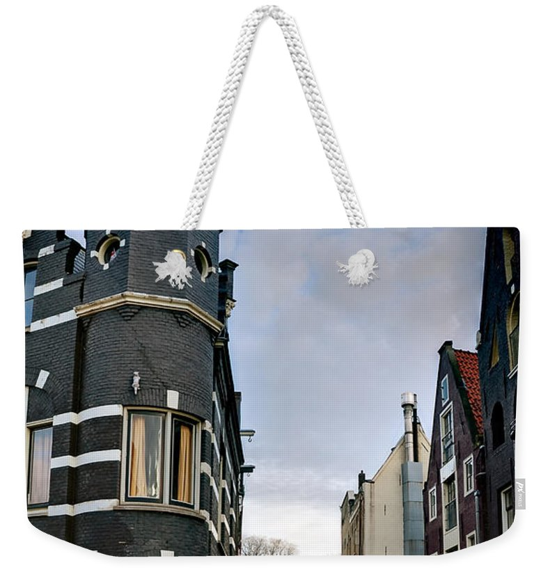 Holland Amsterdam Weekender Tote Bag featuring the photograph Herengracht 395. Amsterdam by Juan Carlos Ferro Duque