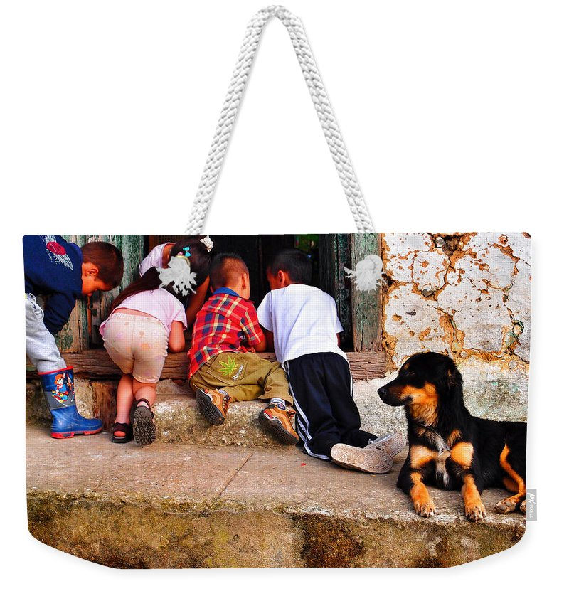 Mariguana Weekender Tote Bag featuring the photograph Mariguana by Skip Hunt