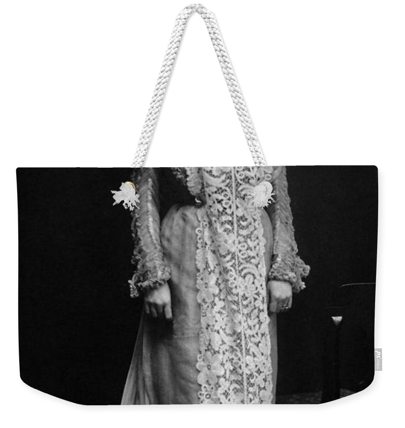 1896 Weekender Tote Bag featuring the photograph Minnie Maddern Fiske by Granger