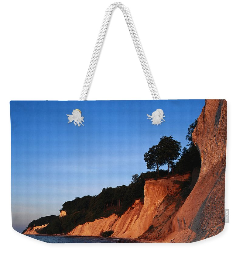 Europe Weekender Tote Bag featuring the photograph Morning View Of The White Cliffs by Norbert Rosing