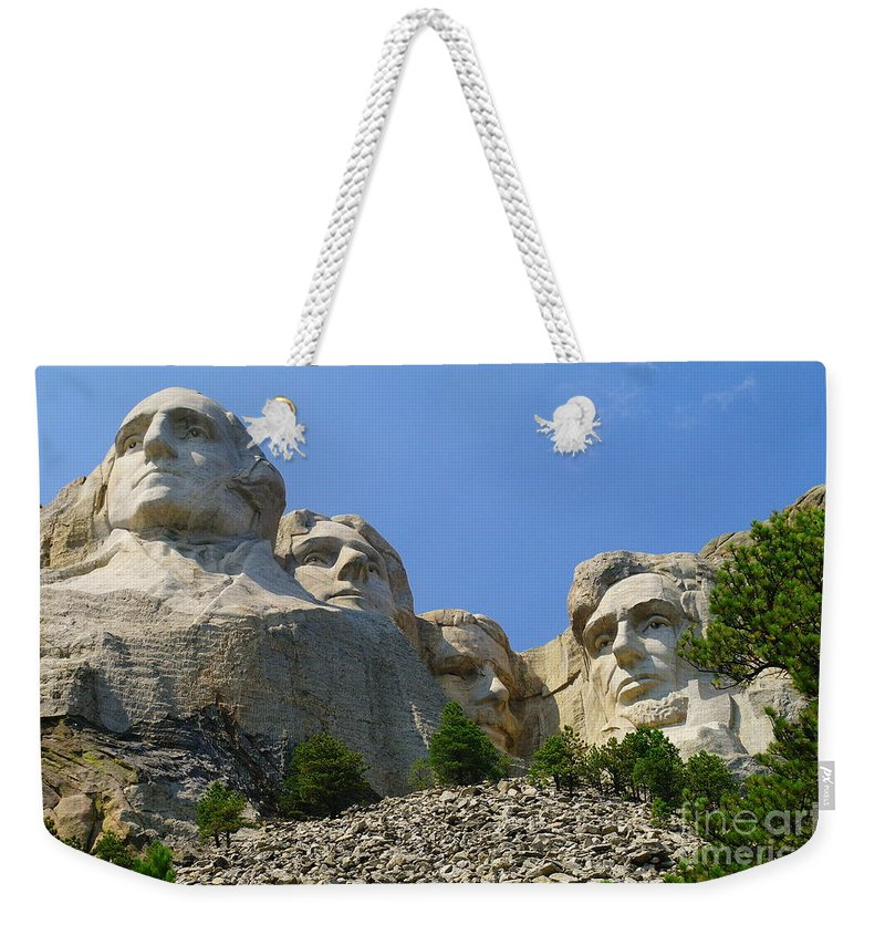 Mt Rushmmore Weekender Tote Bag featuring the photograph Mt Rushmore by Jeff Swan