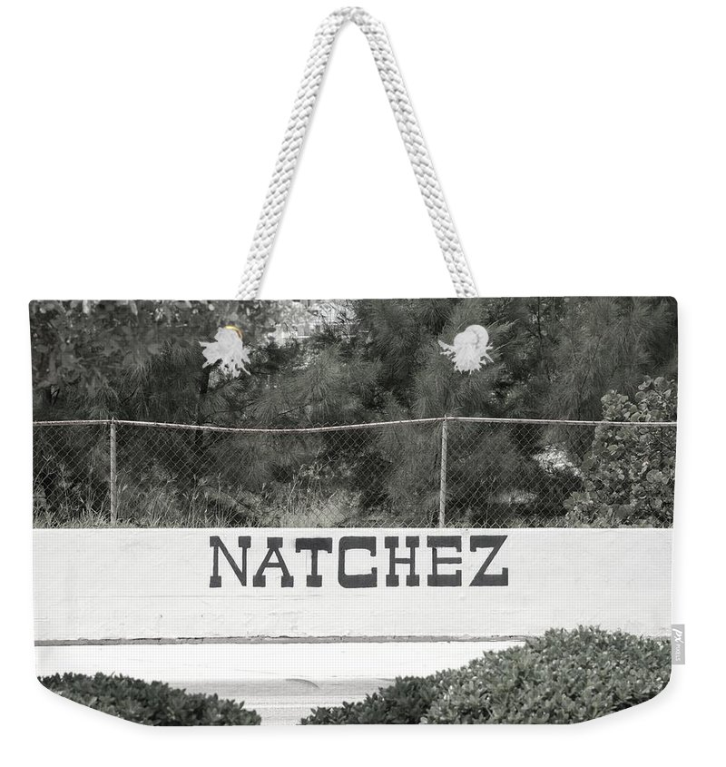 Natchez Weekender Tote Bag featuring the photograph Natchez by Rob Hans