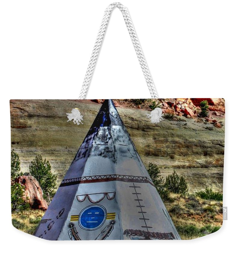 Route 66 Weekender Tote Bag featuring the photograph Navajo Trading Post Teepee by Tommy Anderson
