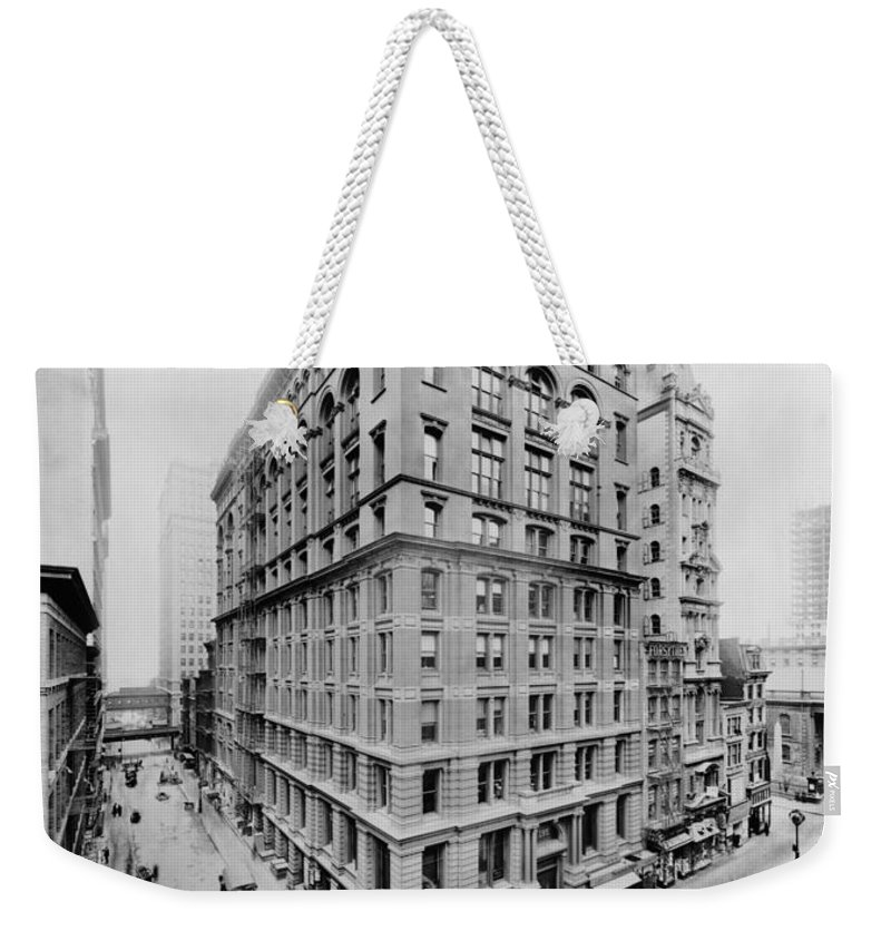 western Union Telegraph Weekender Tote Bag featuring the photograph New York City - Western Union Telegraph Building by International Images