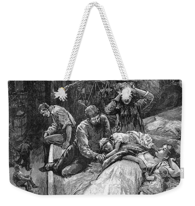 1883 Weekender Tote Bag featuring the photograph New York: Heat Wave, 1883 by Granger