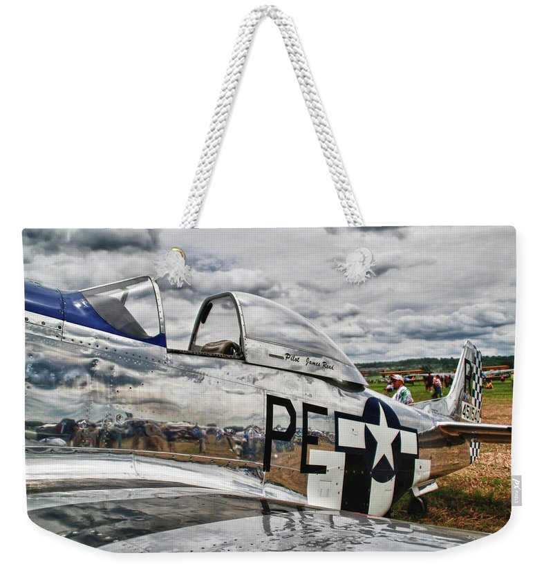 Aviation Weekender Tote Bag featuring the photograph P-51 Mustang 3832 by Guy Whiteley