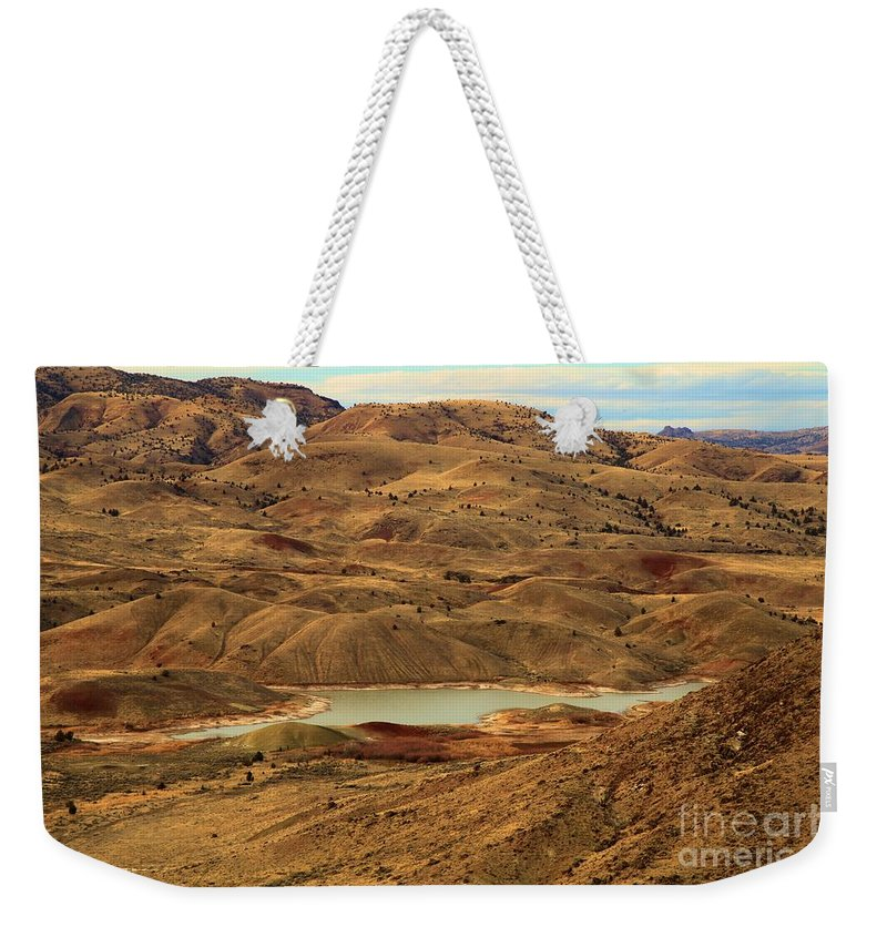 John Day Fossil Beds Weekender Tote Bag featuring the photograph Paint Around The Lake by Adam Jewell