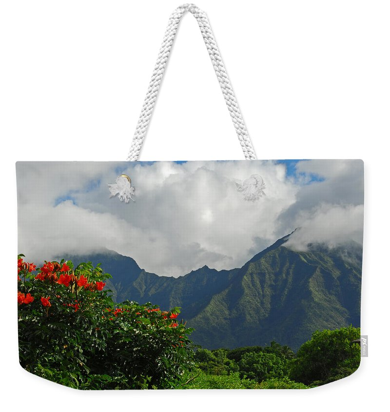 Princeville Weekender Tote Bag featuring the photograph Paradise by Lynn Bauer