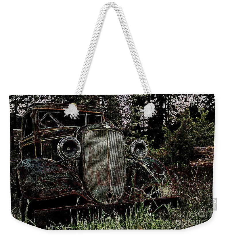 Cars Weekender Tote Bag featuring the photograph Riding Ysteryear by Jeff Swan