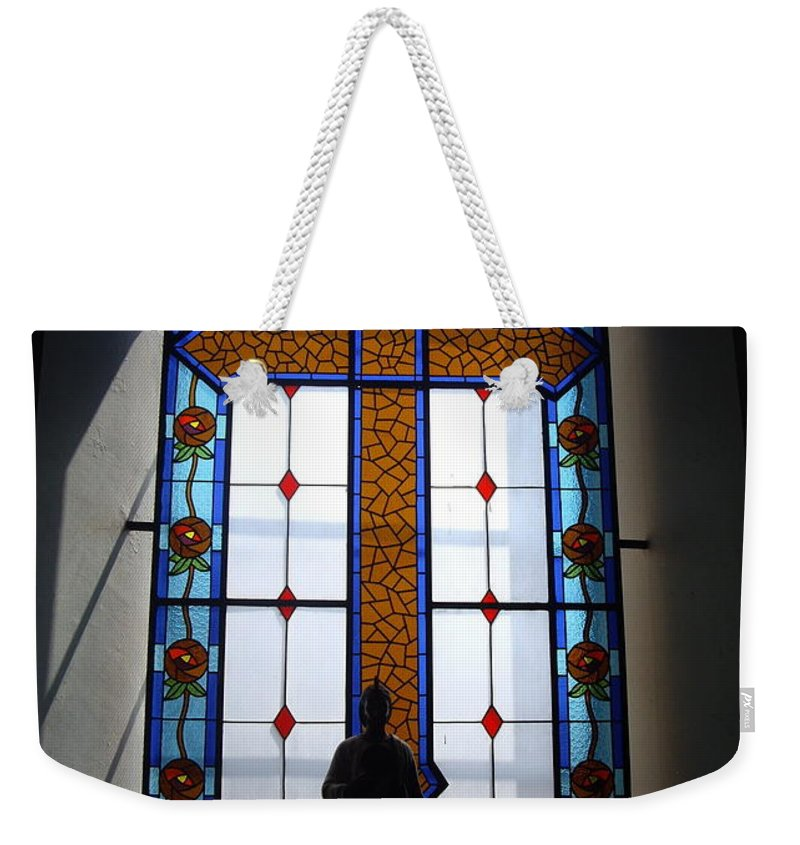 Aimee Mouw Weekender Tote Bag featuring the photograph Stained Glass Cross Window Of Hope by Aimee Mouw