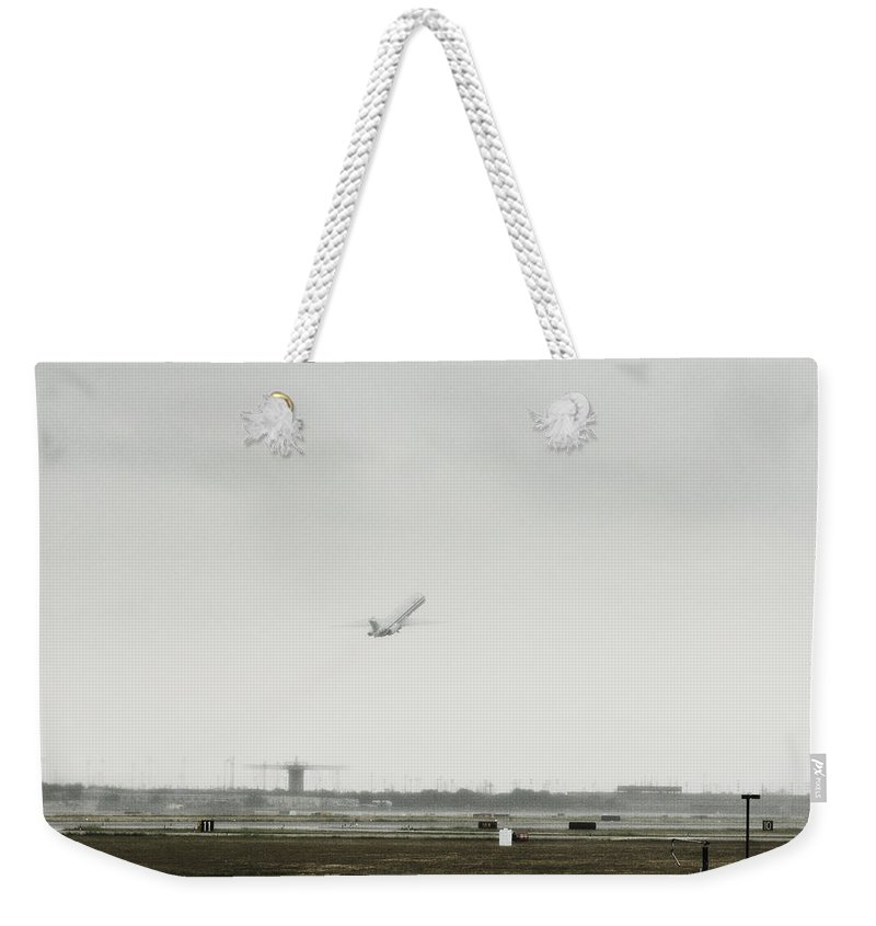 Aircraft Weekender Tote Bag featuring the photograph Steep Incline by Douglas Barnard