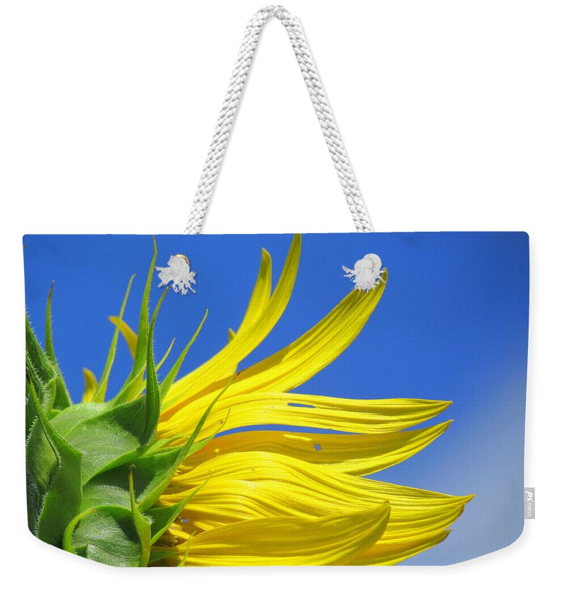 Sunflowers Weekender Tote Bag featuring the photograph Waving Goodbye To Summer by Lori Pessin Lafargue