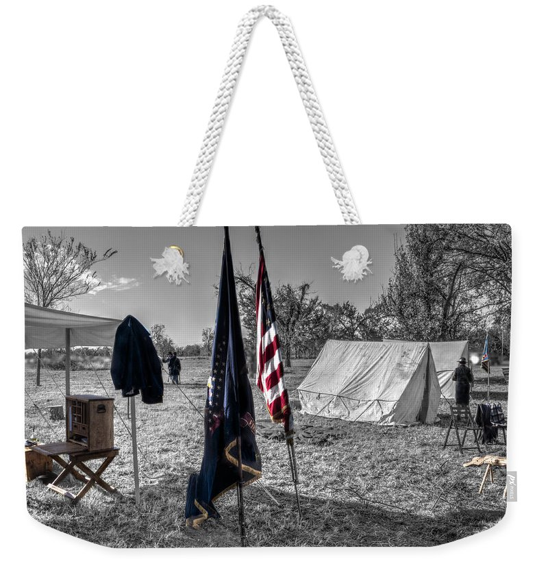 Howitzer Weekender Tote Bag featuring the photograph Battle Of Honey Springs V15 by John Straton