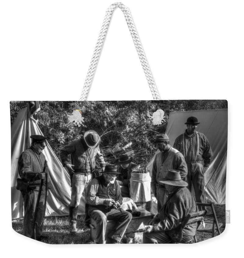 Howitzer Weekender Tote Bag featuring the photograph Battle Of Honey Springs V3 by John Straton