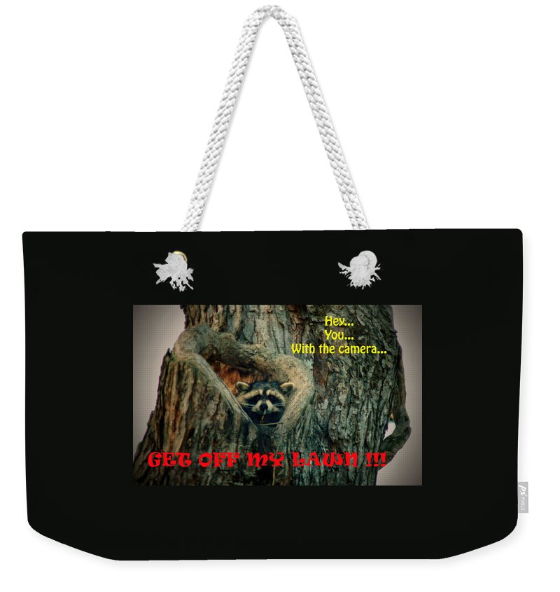Raccoon Weekender Tote Bag featuring the photograph 072509-17-t by Mike Davis