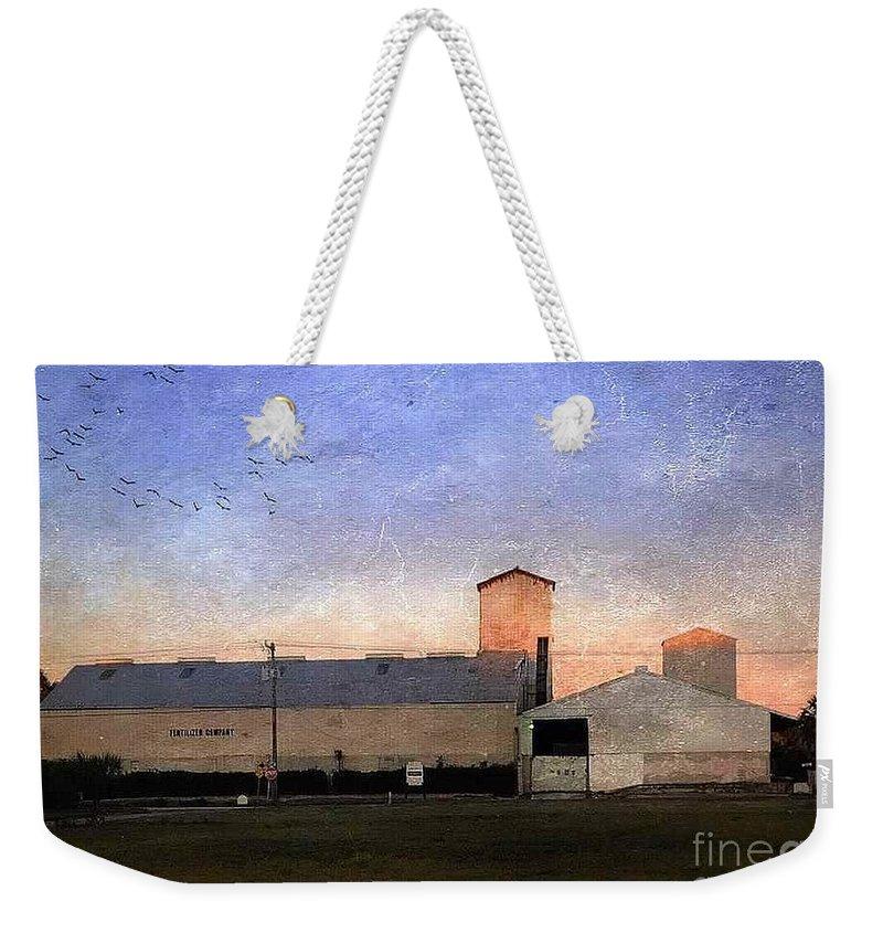 Barn Weekender Tote Bag featuring the digital art Barn At Sunrise by Beth Williams