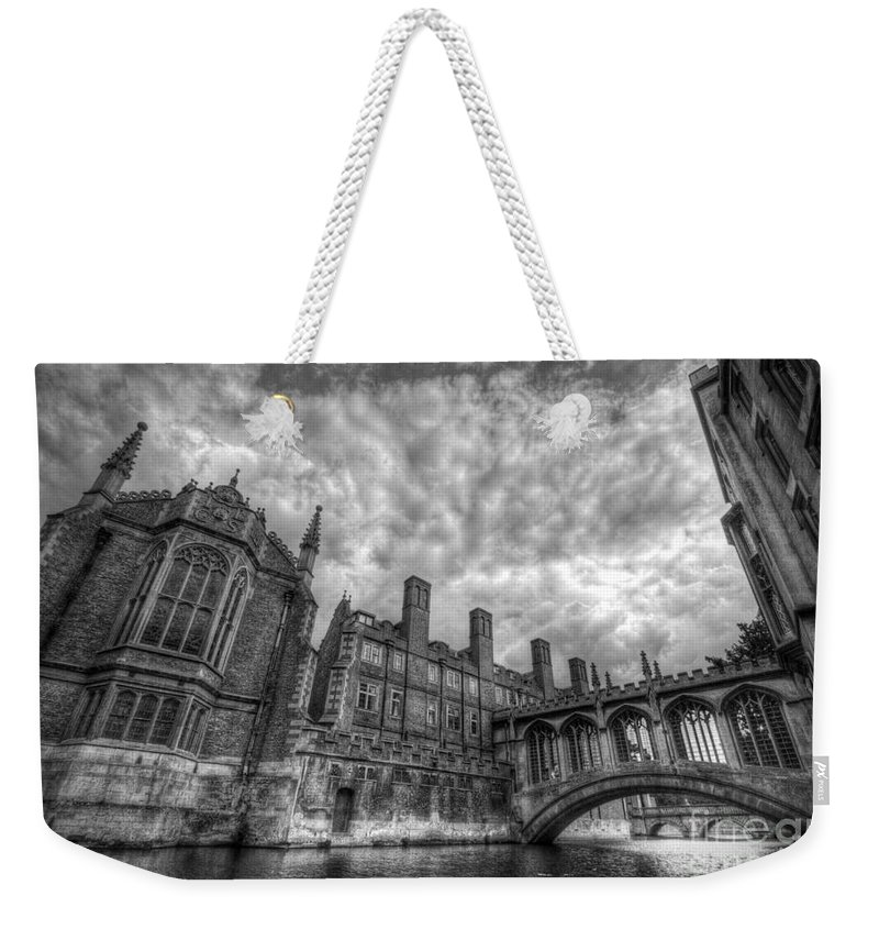 Art Weekender Tote Bag featuring the photograph Bridge Of Sighs - Cambridge by Yhun Suarez