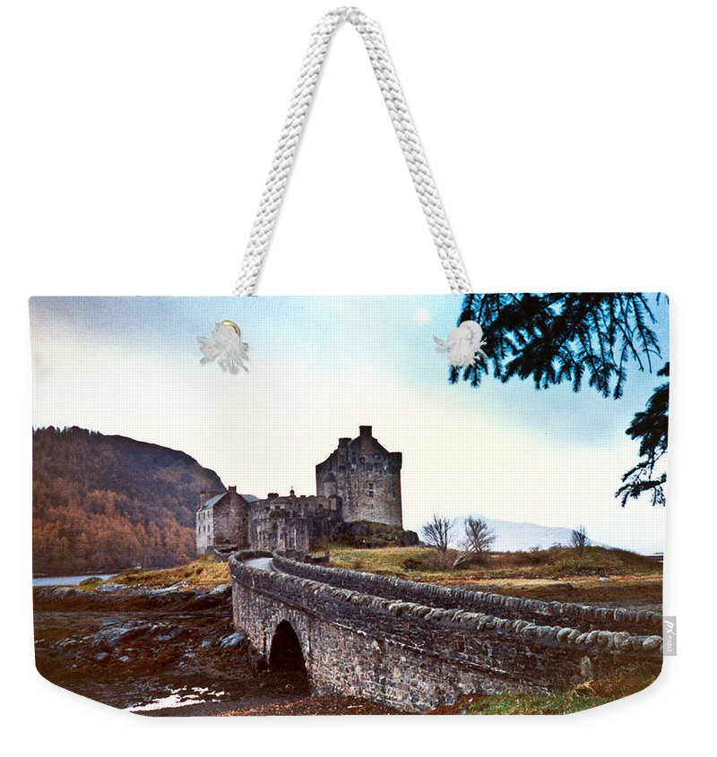 Castle Weekender Tote Bag featuring the photograph Castle Eilean Scotland by Douglas Barnett