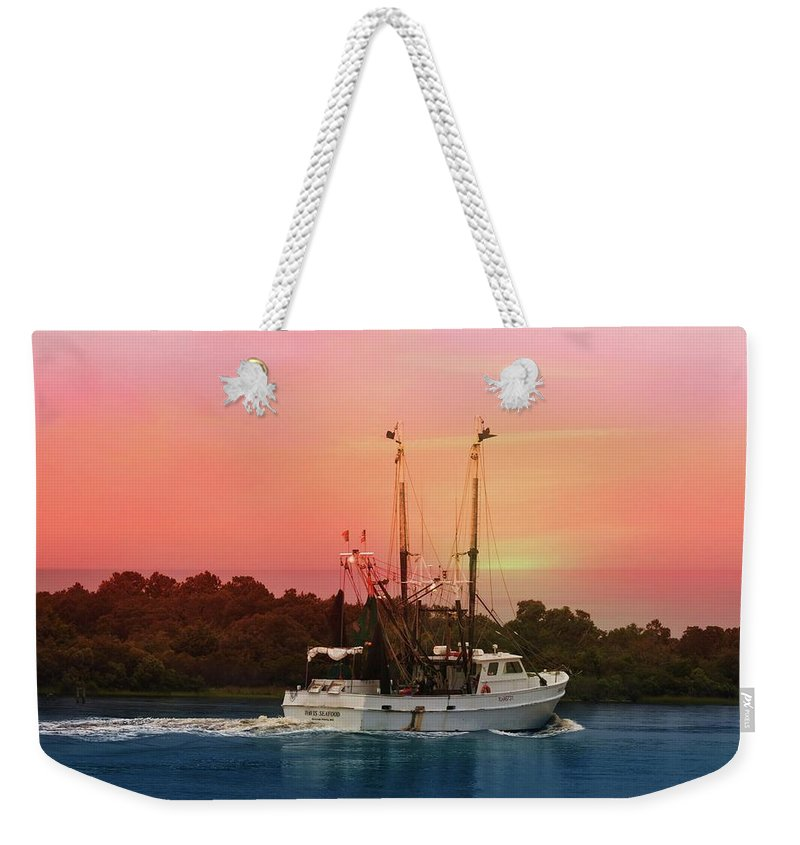 Weekender Tote Bag featuring the digital art Drifter by Katheryn Batts